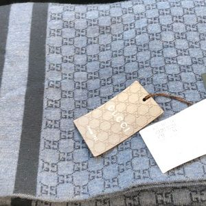 Brand new knit Gucci scarf